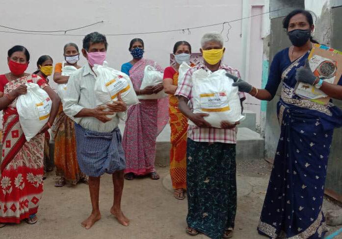 ESHG Members with their Survival Kits pack at Shanmugasundarapuram Village_crop