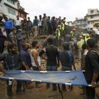 nepal-earthquake-rescuers-homepage 320x290
